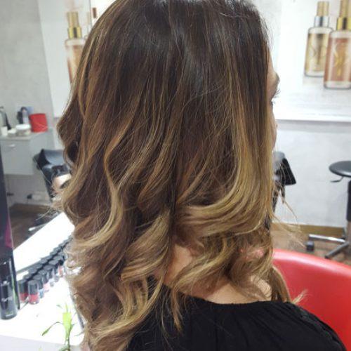 coiffure après 2